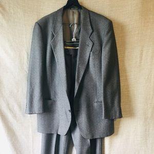 Giorgio Armani Gray/Black Glen Plaid Suit 42L